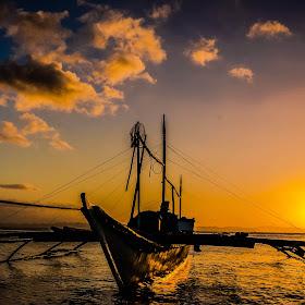 sunset boat 18 (1 of 1).jpg