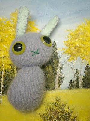 Hope: Hope is a bunny who dreams big and is always lookin' up.  *SOLD*