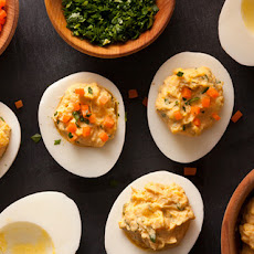 Sriracha Deviled Eggs Recipe