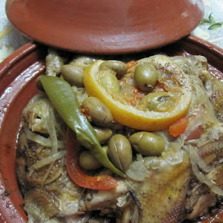 Moroccan Chicken Tagine with Onions, Tomatoes and Olives