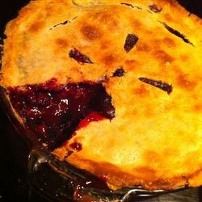 Deluxe Blackberry Pie
