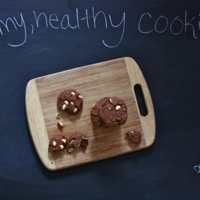 Vegan Chunky Chocolate Peanut Butter Cookies