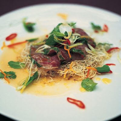 Citrus-seared Tuna With Crispy Noodles, Herbs & Chilli