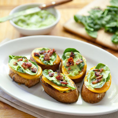 BLT Bites with Avocado Cream