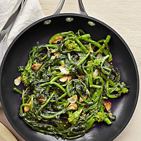 Broccoli Rabe With Garlic And Red Pepper Flakes Recipes | Yummly