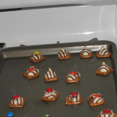 Holiday Pretzels