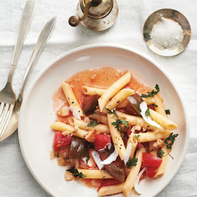 Penne with Tomatoes and Parsley Breadcrumbs