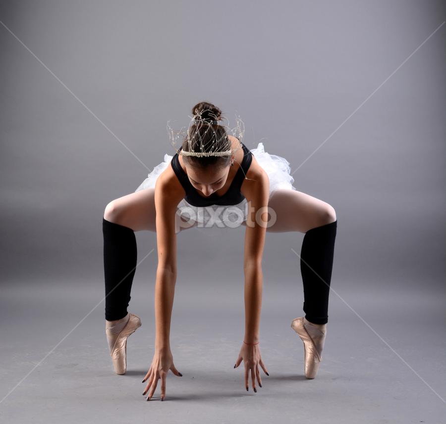by Ivelin Zhelyazkov - Sports & Fitness Other Sports ( thumbs, балет, студио, момиче, light modifier, ballerina, portrait, жена, photo studio, girl, softbox, палци, woman, балерина, портрет, ballet )