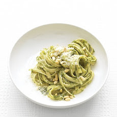 Fettuccine with Spinach Pesto