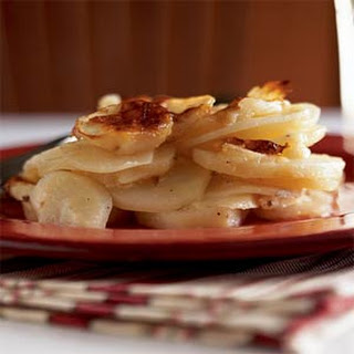 Gratin Dauphinois (Scalloped Potatoes with Cheese)