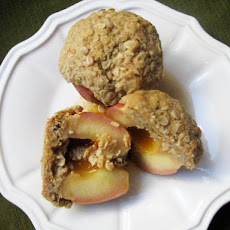 Sunday Brunch: Rum-Filled Baked Apples with Oat Crumble