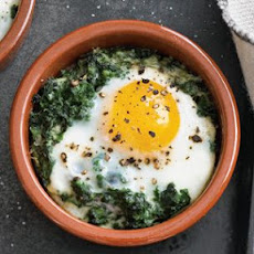 Baked Eggs with Spinach and Cream