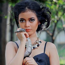 Adinda Vega.. by Ubayoedin As Syam - People Portraits of Women
