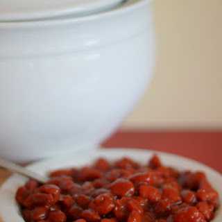 Slow-Cooker Vegetarian Maple-Sriracha Baked Beans