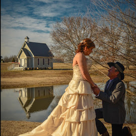 by Jana Pennington - Wedding Bride & Groom