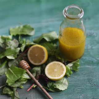 Simple Lemon Honey Salad Dressing