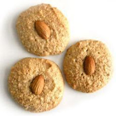 Almond And Rosewater Macaroons