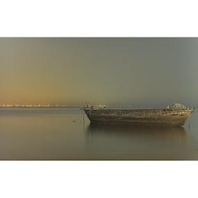 Abandon ship by Willyam Talim - Instagram & Mobile Instagram ( pattaya, thailand, object, nikon, d7100 )