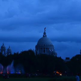 Victoria in a cloudy evening by Nabyendu Saha - Buildings & Architecture Statues & Monuments