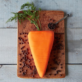The Carrot DIY Fondant Cake Kit