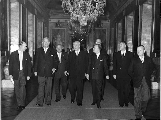 Die Gründer des Deutsch-Französischen Instituts bei der Feier 10 Jahre dfi, 1958.