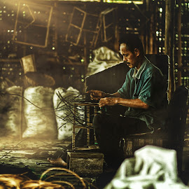 furniture makers by Ang Kurnia - People Street & Candids