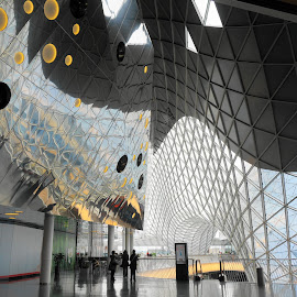 Abstract by Erwin Sutarko - Buildings & Architecture Other Interior ( abstract, frankfurt, german, shape, zeil, mall )