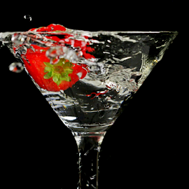 by Dipali S - Food & Drink Alcohol & Drinks ( fruit, beverage, splash, drink, glass, strawberry )