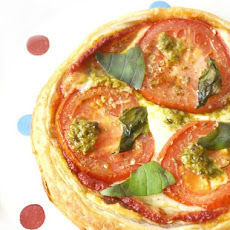 Puff Pizza Pie with Pesto