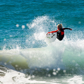 grom by Cam Neale - Sports & Fitness Surfing