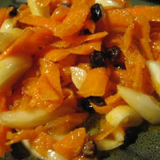Moroccan Salad of Raw Grated Carrots/Citrus Cinnamon Dressing