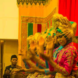 Aceh Traditional Dance by Andi Soegiri - News & Events Entertainment