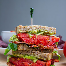 Pesto Guacamole BLT (Bacon, Letuce and Tomato) Sandwich