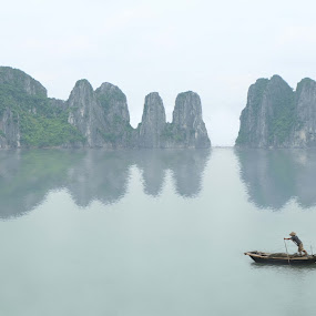 Halong bay view by Hendrik Cuaca - Landscapes Mountains & Hills