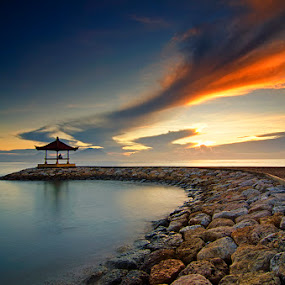 Karang Beach by Eris Suhendra - Landscapes Sunsets & Sunrises ( bali, sky, waterscape, indonesia, travel, sunrise, beach, landscapes, nikon )