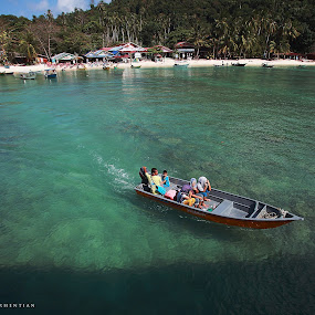perhentian island local people by Iba  Kakipuqo - People Family