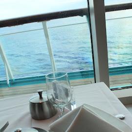 Breakfast view by Amanda Ferrer - Food & Drink Plated Food