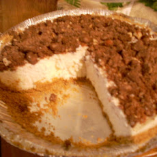 White Chocolate No-Bake Cheesecake Pie