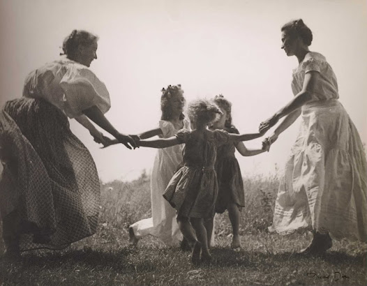The Amon Carter holds the archives of photographer Nell Dorr (1893–1988), which includes approximately 1,750 photographs and 5,200 negatives. The collection presents a cross section of Dorr's photographic work.  During World War II, Dorr's husband and her daughters' husbands all went to war. She retreated to the countryside with her daughters and grandchildren.