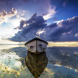 Waiting for you by Budi Astawa - Transportation Boats ( bali, sanur, morning, boat )