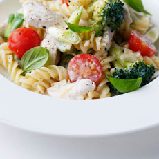 Creamy Chicken And Broccoli Fusilli