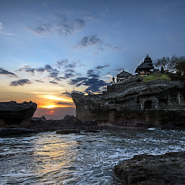 Pura Tanah Lot - Bali by Jan Kiese - Buildings & Architecture Places of Worship