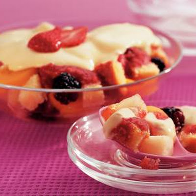 Zomertrifle Met Gemengd Fruit