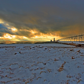 by Dipali S - Landscapes Sunsets & Sunrises ( winter, sky, cold, freeze, sunset, snow )