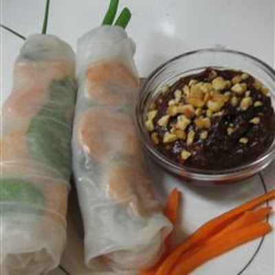 Thai Pork and Prawn Spring Rolls