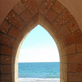 Passage to the sea by William Lanza - City,  Street & Park  Historic Districts ( moorish style, moorish architecture, arch, passage, rota, portal, door, beach, ocean view, spain )