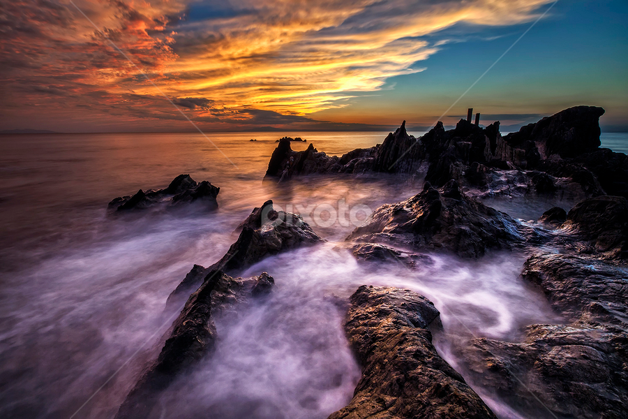 Kuil of The Dragon by Nyoman Sundra - Landscapes Sunsets & Sunrises ( japan, nature, sunset, kanagawa, landscape,  )