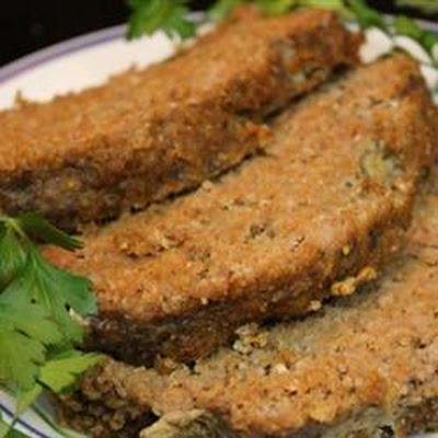 Slow Cooker Sausage 'n' Grits Meatloaf