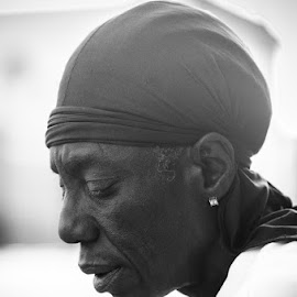 Skid Row by Justin Allen - People Street & Candids ( skid, street portrait, stories, black and white, sad, homeless, bw, candid, nikon, people, skidrow,  )