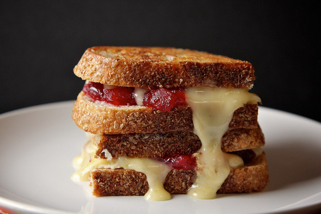 Cranberry Brie Grilled Cheese Recept | Yummly
